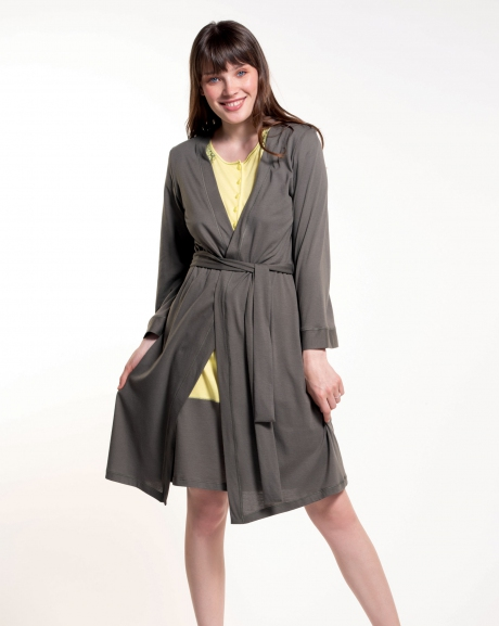 Solid color dressing gown