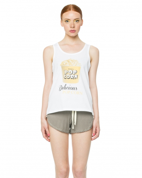 Top e shorts con stampa pop corn